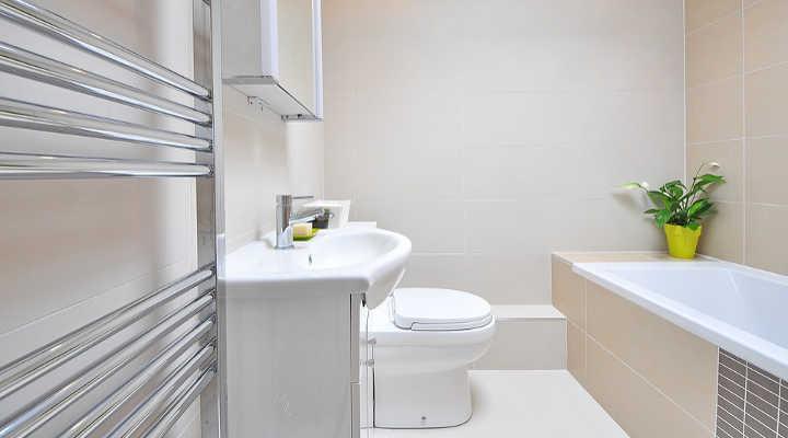 ¿Cuánto cuesta renovar un baño pequeño? - A Cristo Faro